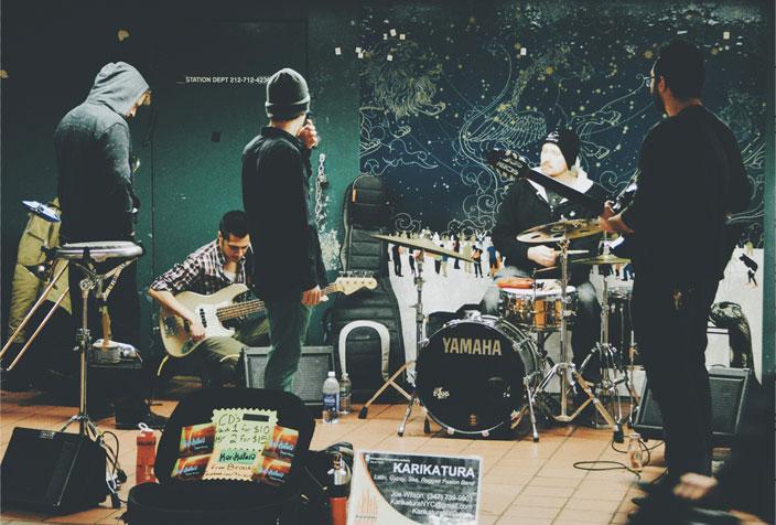 Band søger musiker